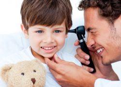 Аллергический отит у ребенка