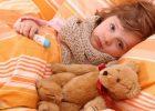 Миниатюра к статье Ребенок часто болеет простудными заболеваниями: что делать