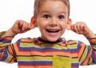 Миниатюра к статье Как убрать серную пробку из уха у ребенка в домашних условиях
